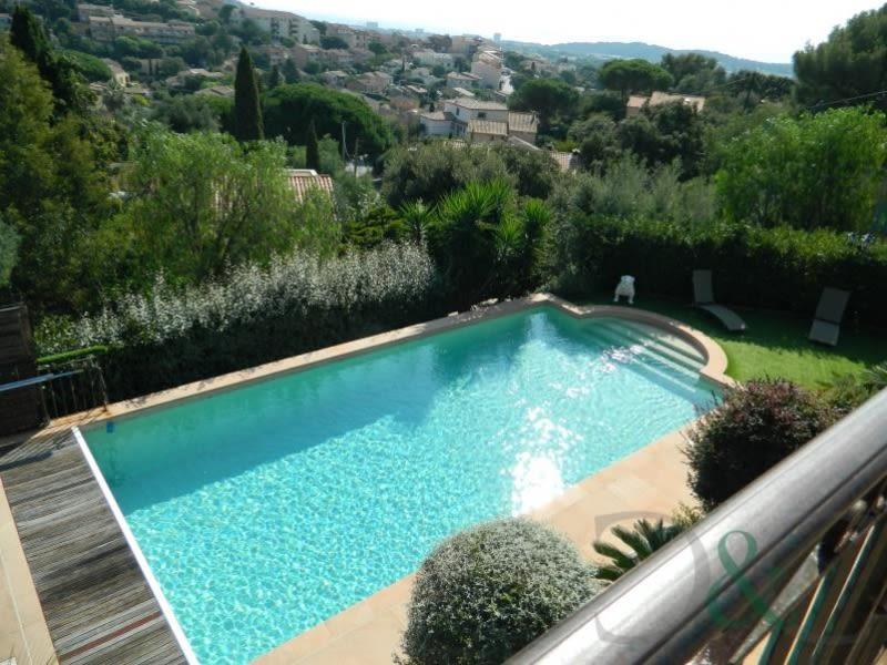 Deluxe sale house / villa Bormes les mimosas 1650000€ - Picture 2