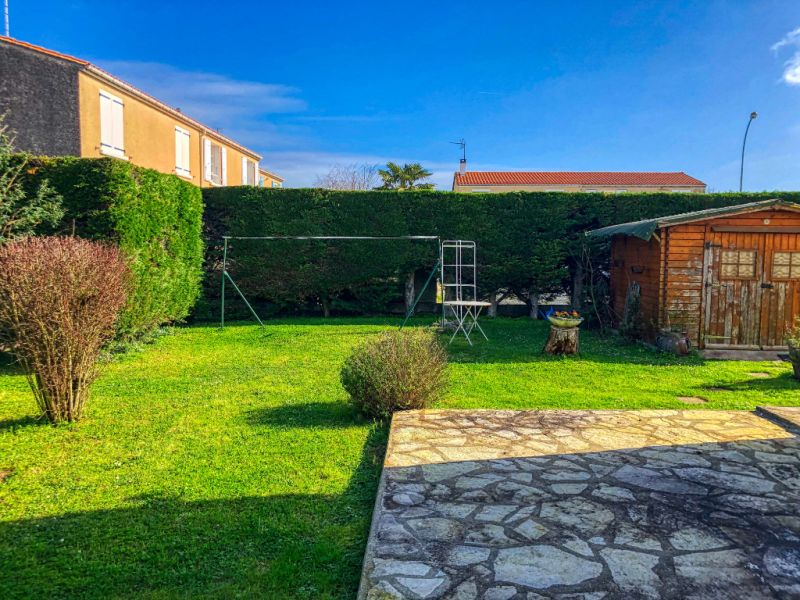 Location maison / villa Saint georges de didonne 790€ CC - Photo 4