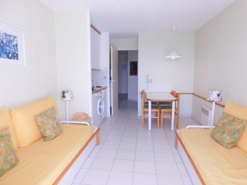 Sale apartment Grimaud 142000€ - Picture 3