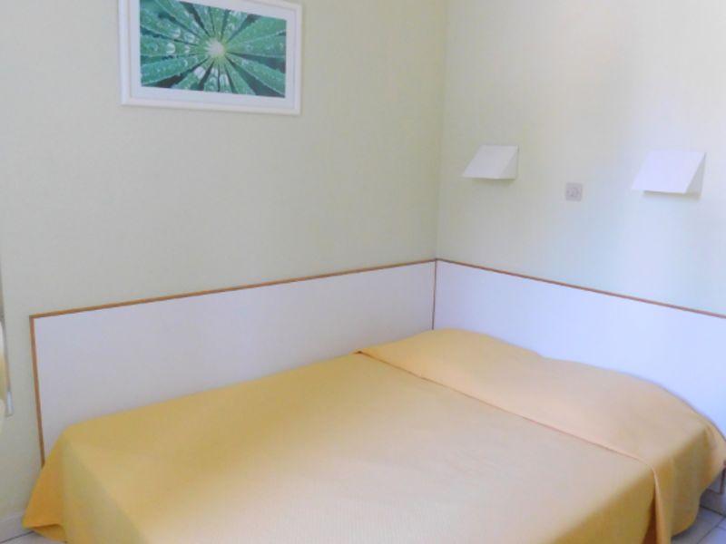 Sale apartment Grimaud 142000€ - Picture 5