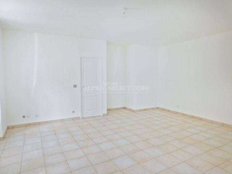 Sale apartment Cogolin 142000€ - Picture 3