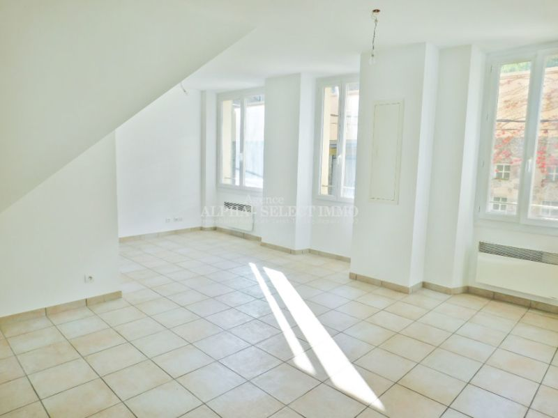 Sale apartment Cogolin 158000€ - Picture 3