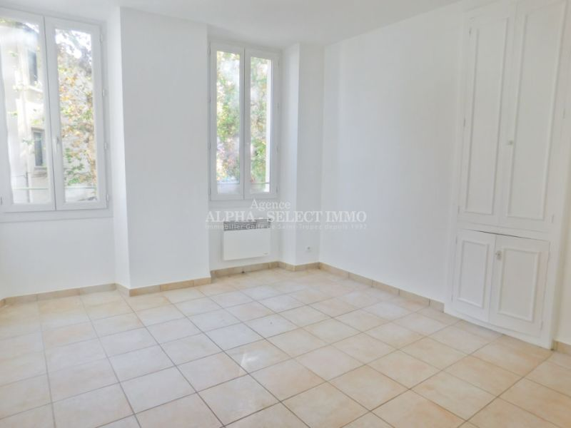 Sale apartment Cogolin 158000€ - Picture 7