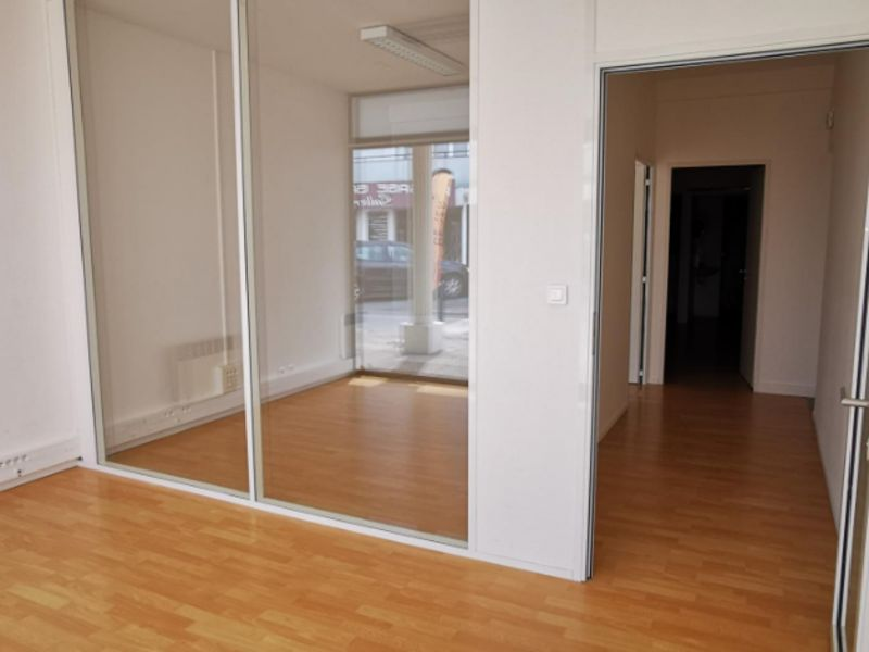 Rental empty room/storage Challans 600€ CC - Picture 3