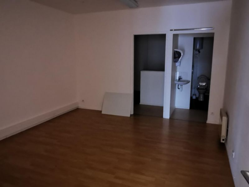Rental empty room/storage Challans 600€ CC - Picture 5