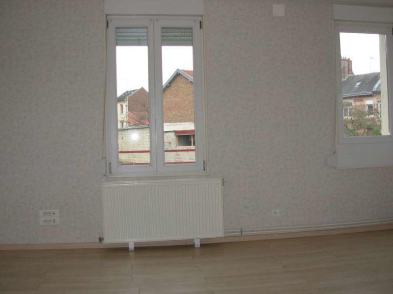 Location appartement Saint quentin 407€ CC - Photo 5