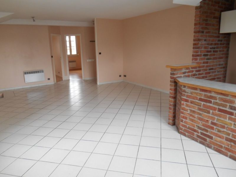 Rental apartment Saint quentin 595€ CC - Picture 3