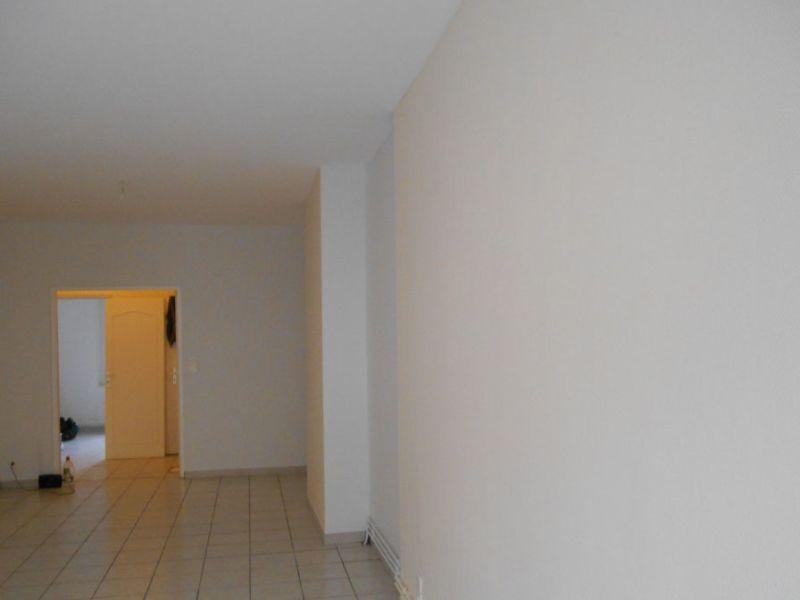 Location appartement Saint quentin 600€ CC - Photo 2