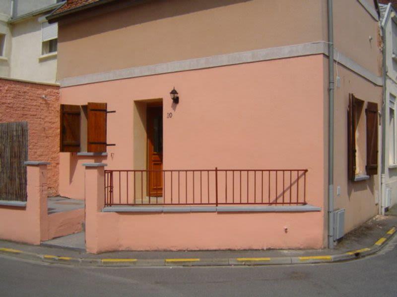 Rental house / villa Saint quentin 401€ CC - Picture 8