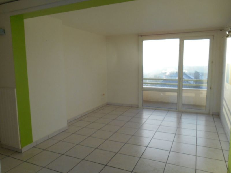 Location appartement Saint quentin 545€ CC - Photo 5