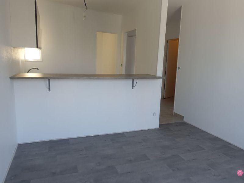 Location appartement Parmain 721€ CC - Photo 1