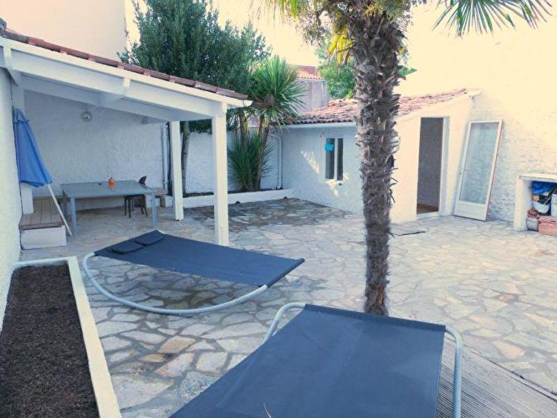 Sale house / villa Saint georges de didonne 462000€ - Picture 1