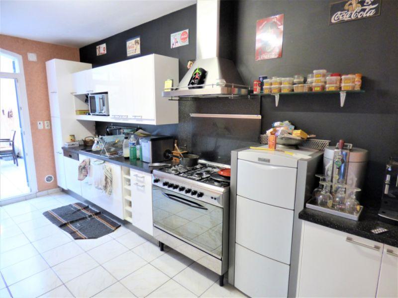 Vente maison / villa Saint martin de gurson 273000€ - Photo 2