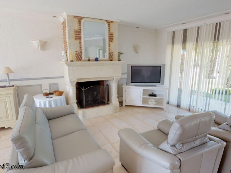 Sale house / villa Clermont dessous 395000€ - Picture 4
