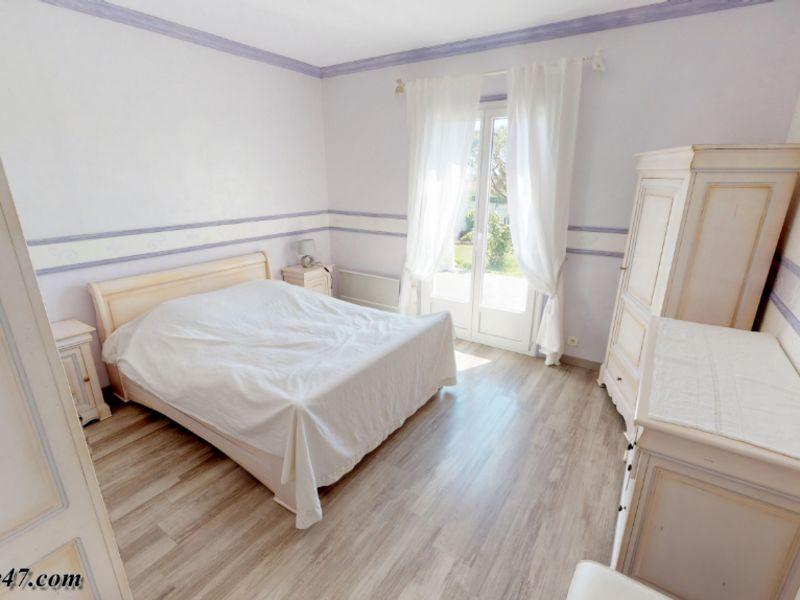 Sale house / villa Clermont dessous 395000€ - Picture 15