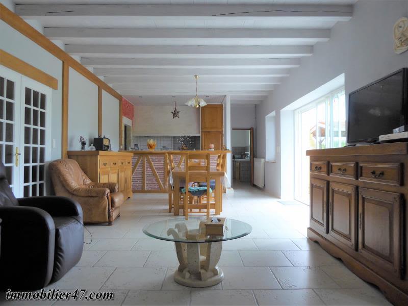 Sale house / villa Prayssas 238500€ - Picture 4