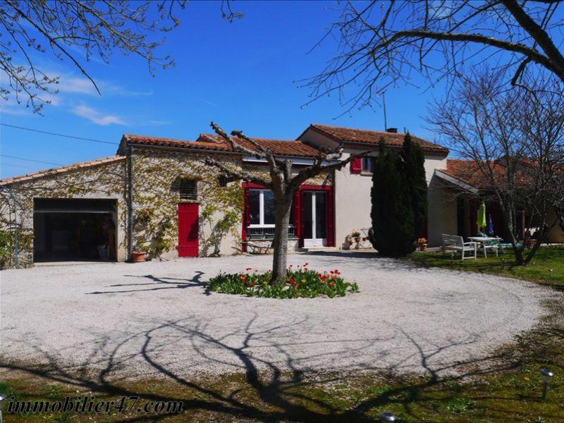 Sale house / villa Laroque timbaut 181000€ - Picture 1