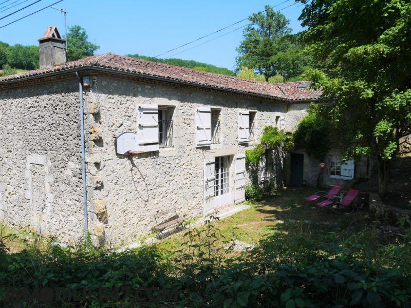 Sale house / villa Prayssas 333000€ - Picture 2