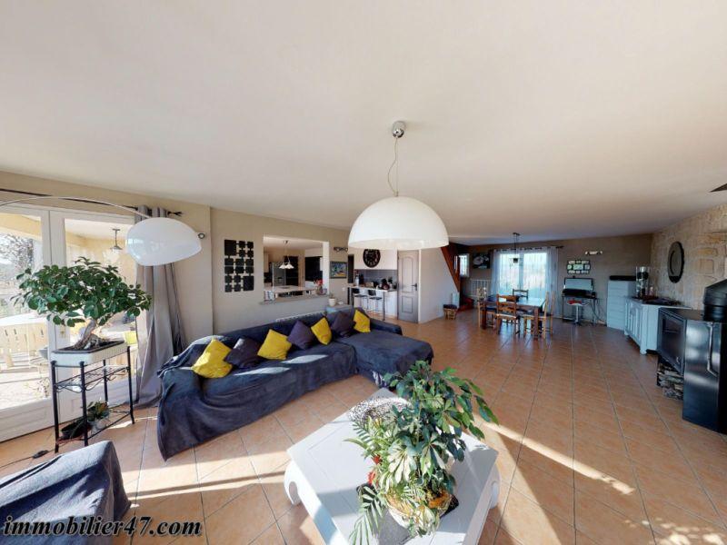 Vente maison / villa St sardos 319900€ - Photo 5