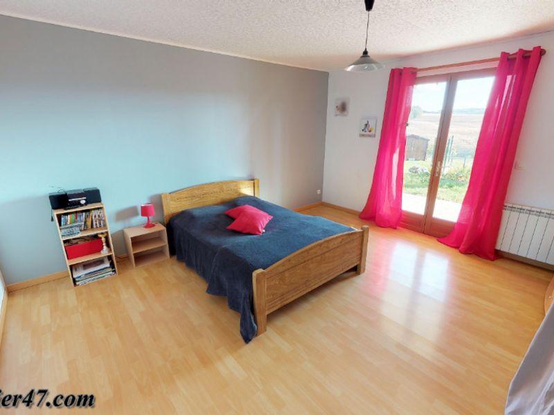 Vente maison / villa St sardos 319900€ - Photo 8