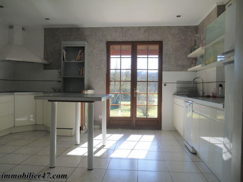 Sale house / villa Prayssas 337000€ - Picture 7