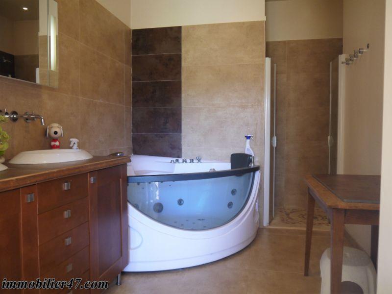 Sale house / villa Prayssas 337000€ - Picture 11