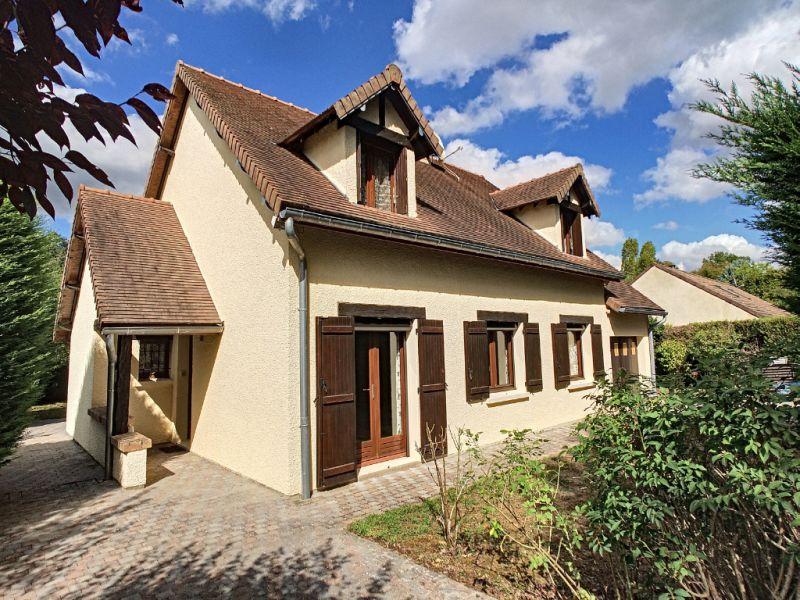 Sale house / villa Boissettes 349000€ - Picture 1