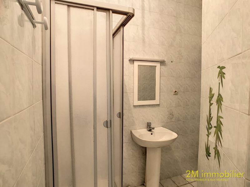 Rental apartment Vaux le penil 595€ CC - Picture 8