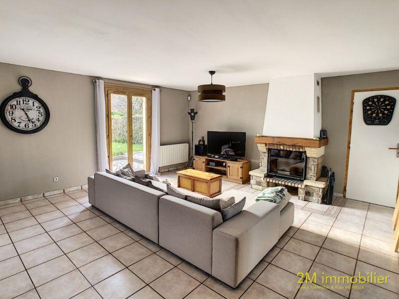 Sale house / villa Vaux le penil 320000€ - Picture 3
