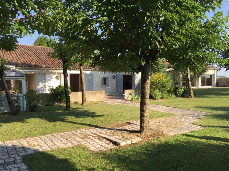 Sale house / villa Grezac 451500€ - Picture 5