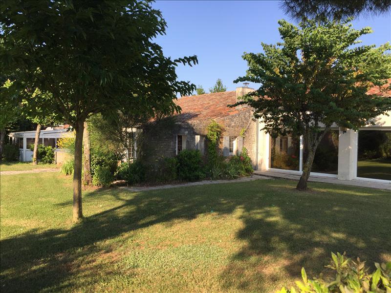 Sale house / villa Grezac 451500€ - Picture 17