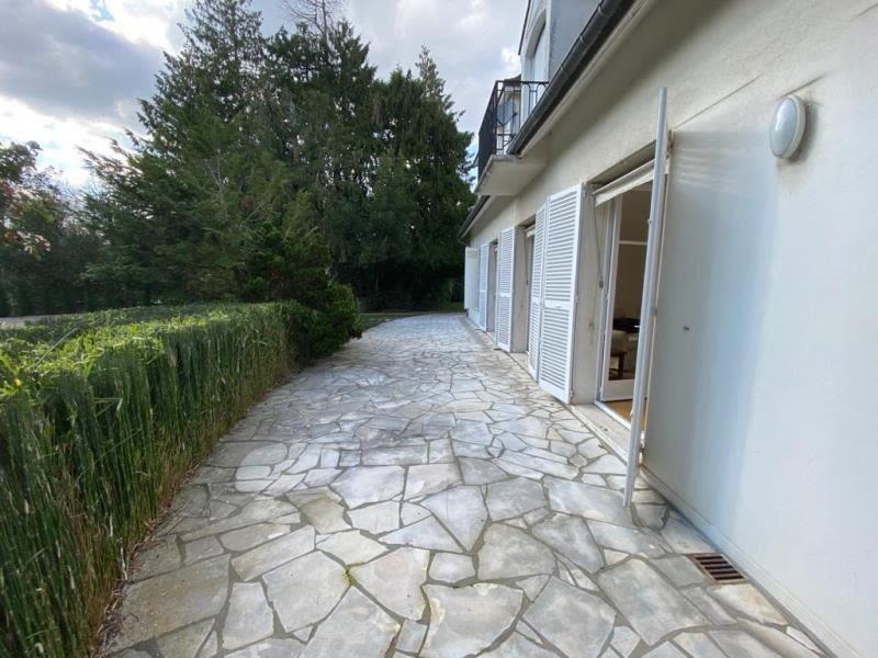 Location maison / villa Le vesinet 7650€ CC - Photo 4