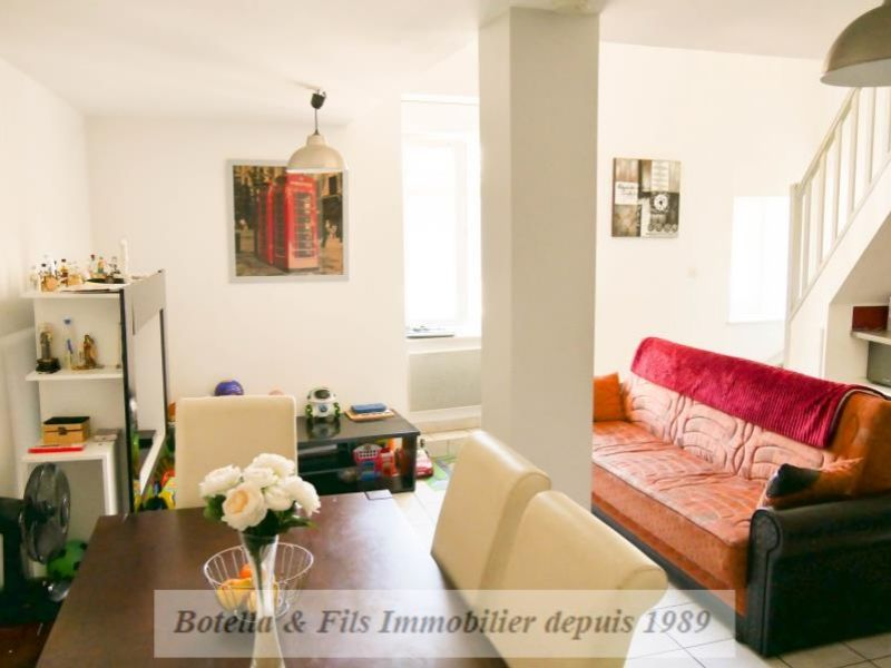 Vendita appartamento Bagnols sur ceze 69900€ - Fotografia 1