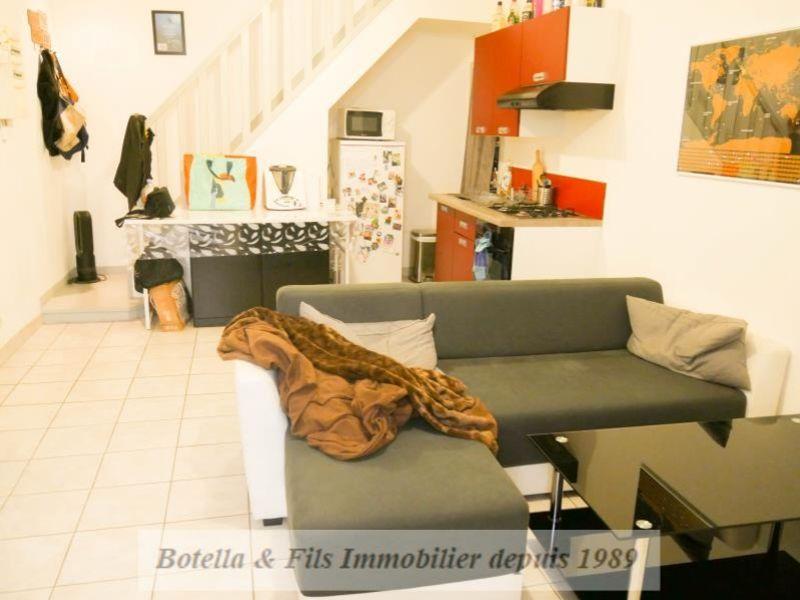 Vendita appartamento Bagnols sur ceze 56900€ - Fotografia 1