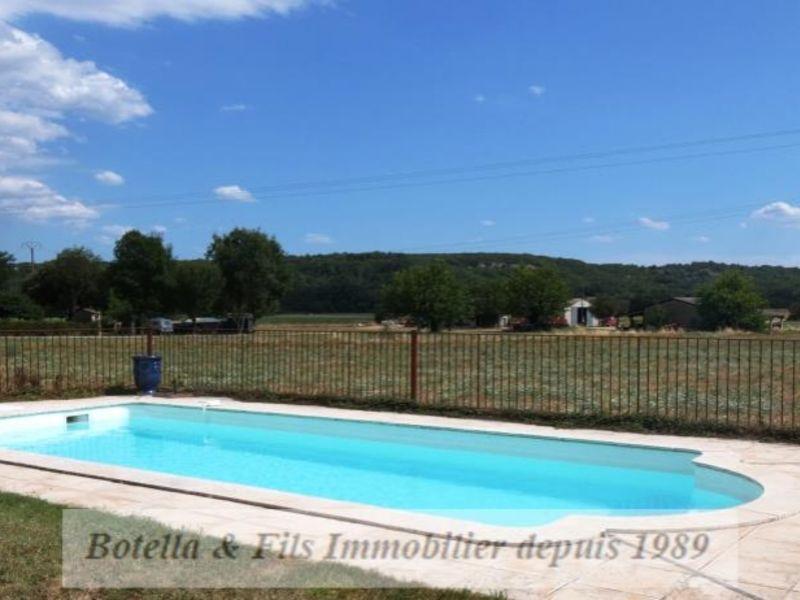 Vendita appartamento Uzes 108000€ - Fotografia 1