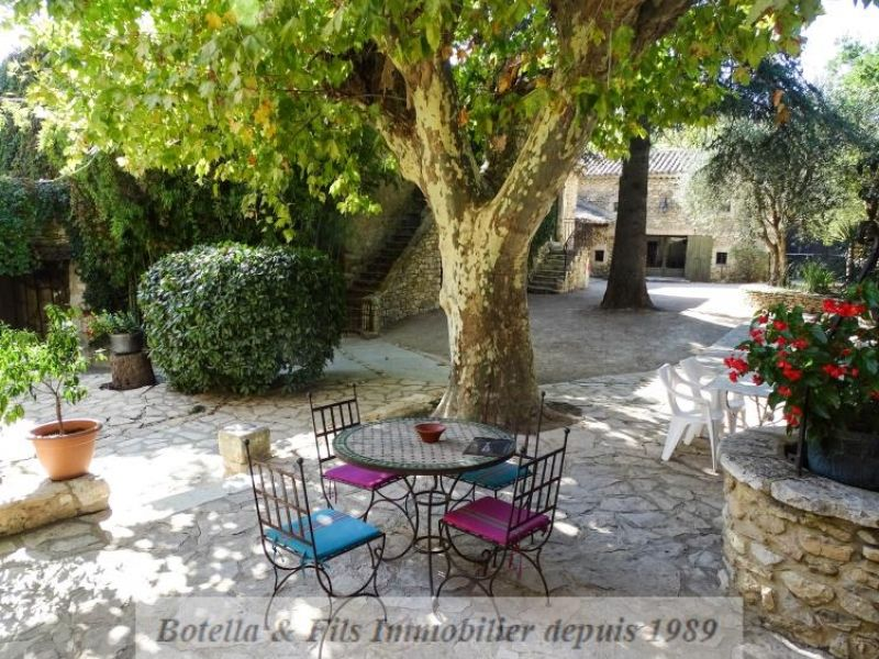 Vente maison / villa Uzes 1480000€ - Photo 2