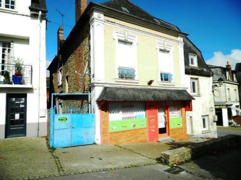 Sale building Martigne ferchaud 134888€ - Picture 1