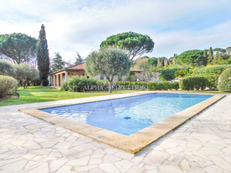 Sale house / villa Grimaud 1 365 000€ - Picture 1