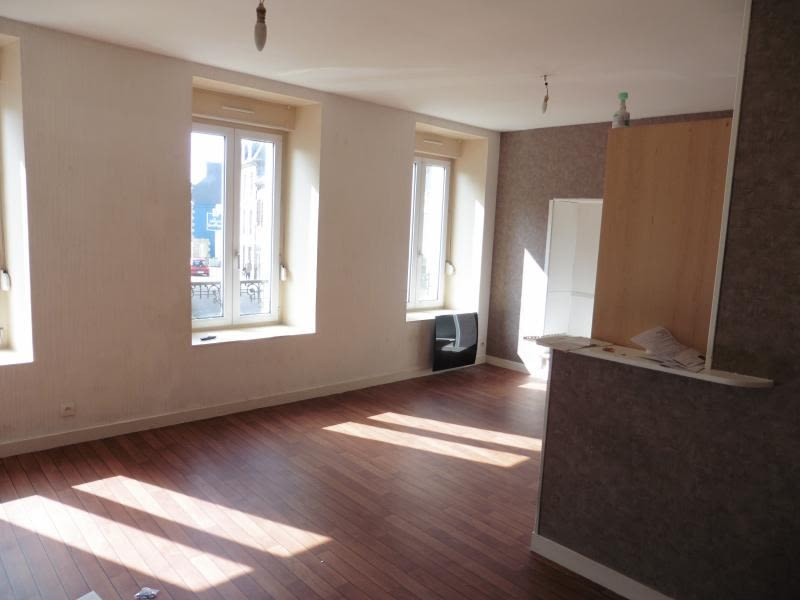 Location appartement Lannilis 420€ CC - Photo 1