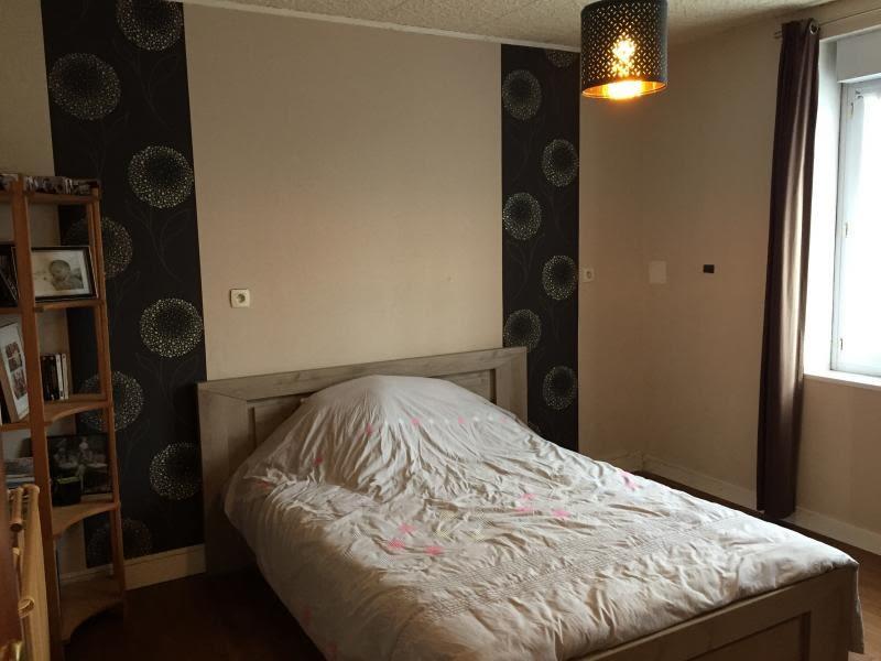 Sale house / villa Lannilis 148000€ - Picture 4