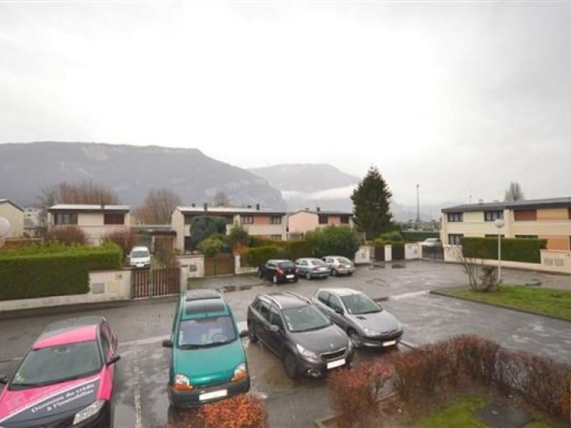 Sale apartment Fontaine 128 000€ - Picture 2