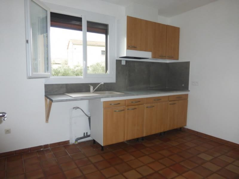 Location maison / villa St maximin la ste baume 1 100€ CC - Photo 2