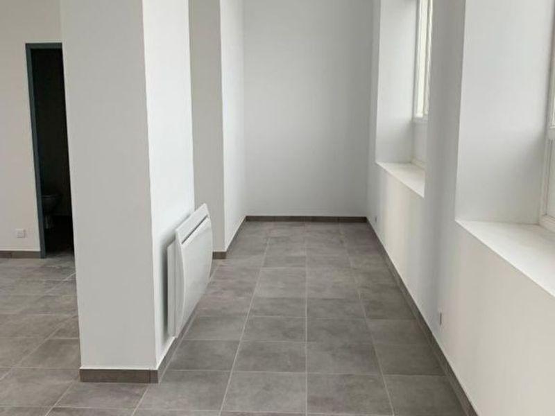 Rental office Bannalec 700€ HC - Picture 2