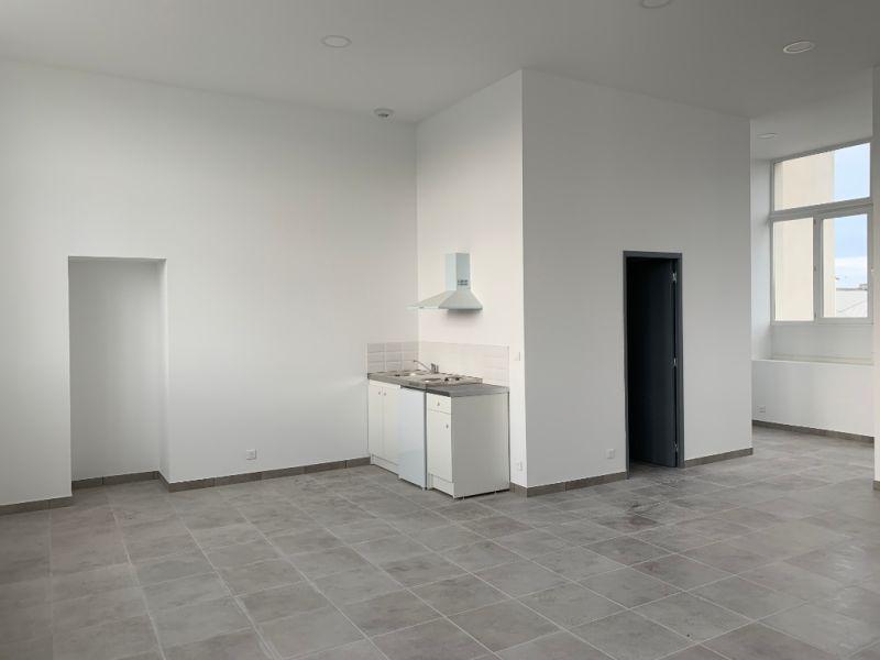 Rental office Bannalec 700€ HC - Picture 3
