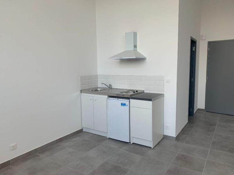 Rental office Bannalec 650€ HC - Picture 3