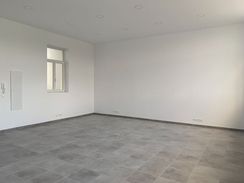 Location bureau Bannalec 650€ HC - Photo 4