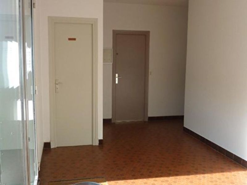 Rental empty room/storage Moelan sur mer 697€ HC - Picture 5