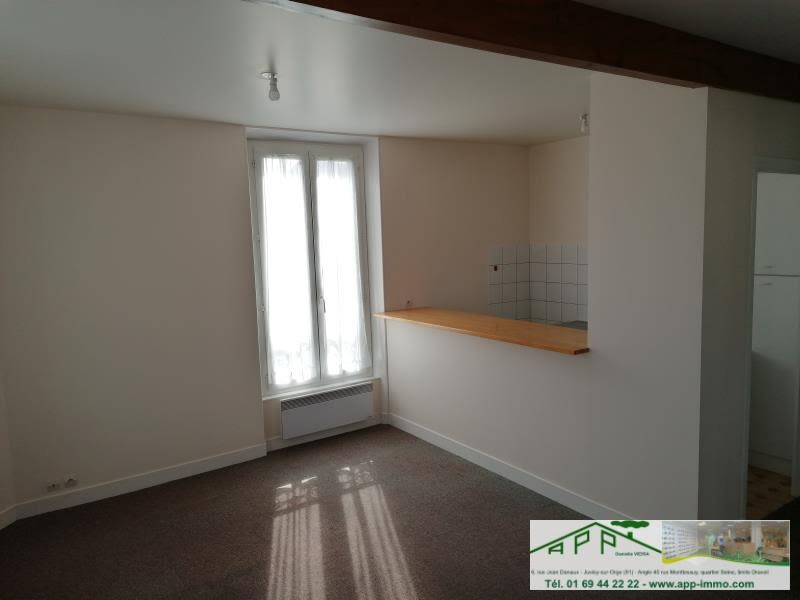 Rental apartment Athis mons 700€ CC - Picture 2