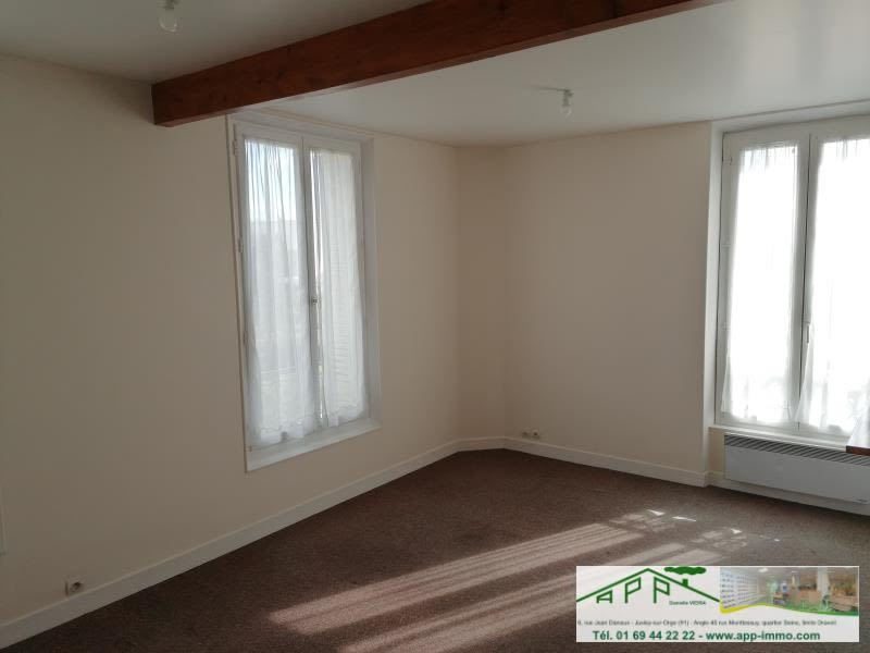 Rental apartment Athis mons 700€ CC - Picture 3