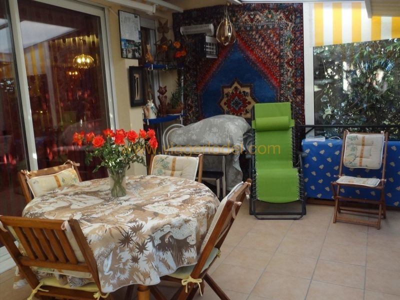 Verkauf auf rentenbasis haus Saint-gilles 118000€ - Fotografie 2